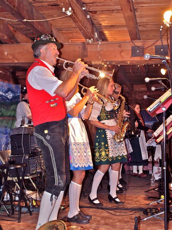 Oregon's Alpenfest