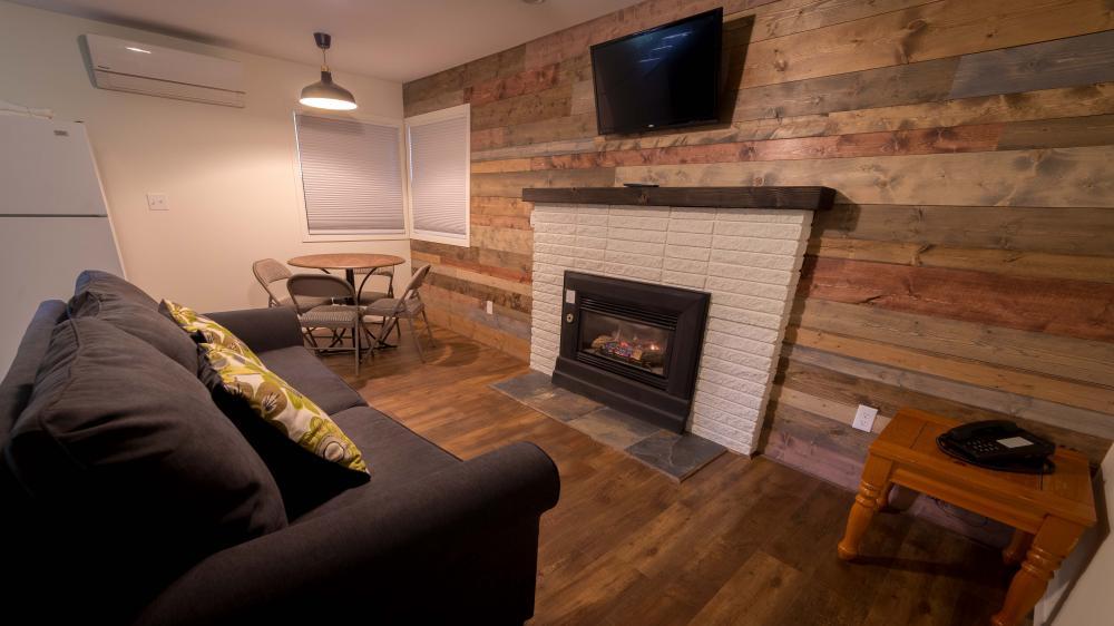 Cabin 5 - One Bedroom